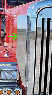 "Freightliner Classic XL Side Grill Deflectors-29"" Tall"